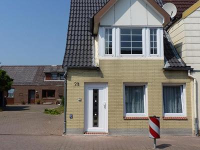 Ferienhaus Tönning von der Strassenseite aus