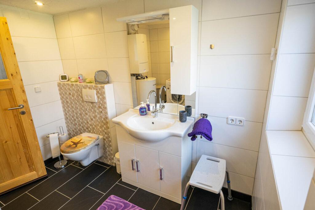 ferienhaus nordsee hund toenning badezimmer waschbecken wc